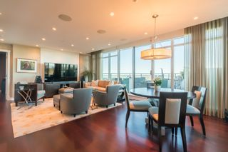 """Photo 15: 1102 14824 NORTH BLUFF Road: White Rock Condo for sale in """"BELAIRE"""" (South Surrey White Rock)  : MLS®# R2350476"""
