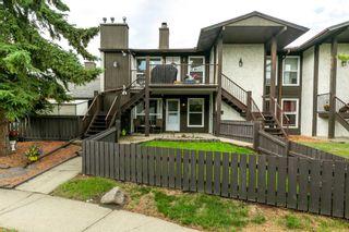 Photo 2: 9235 172 Street in Edmonton: Zone 20 Carriage for sale : MLS®# E4251853