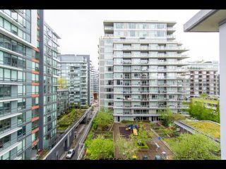 Photo 5: 804 138 W 1 Avenue in Vancouver: False Creek Condo for sale (Vancouver West)  : MLS®# R2573475