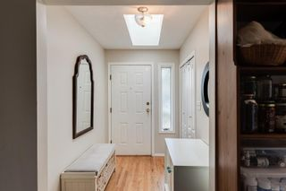 Photo 8: 10193 Fifth St in : Si Sidney North-East Half Duplex for sale (Sidney)  : MLS®# 870750