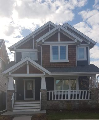 Photo 3: 5208 ADMIRAL WALTER HOSE Street in Edmonton: Zone 27 House for sale : MLS®# E4226677