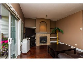 """Photo 4: 13 18707 65 Avenue in Surrey: Cloverdale BC Townhouse for sale in """"THE LEGENDS"""" (Cloverdale)  : MLS®# R2087422"""
