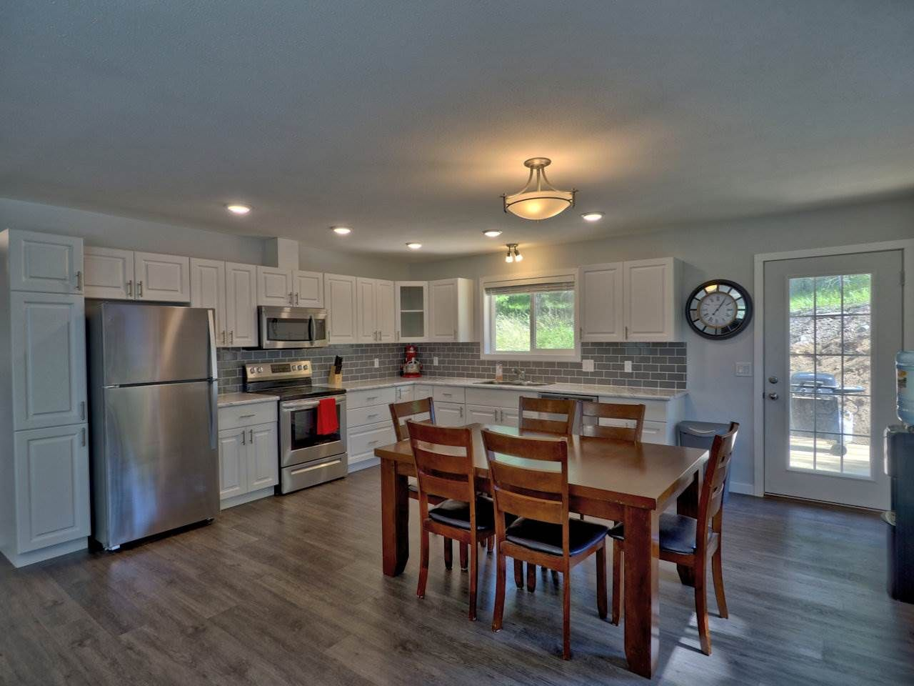 Photo 12: Photos: 4915 KITWANGA Drive in 108 Mile Ranch: 108 Ranch House for sale (100 Mile House (Zone 10))  : MLS®# R2481177