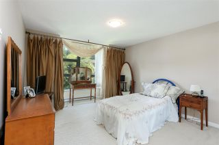 Photo 18: 403 288 UNGLESS Way in Port Moody: North Shore Pt Moody Condo for sale : MLS®# R2196452
