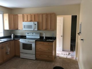 Photo 7: 8717 163 Street in Edmonton: Zone 22 House for sale : MLS®# E4249833