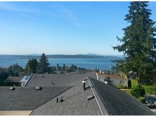 "Photo 16: 1150 MAPLE Street: White Rock House for sale in ""White Rock"" (South Surrey White Rock)  : MLS®# F1417815"