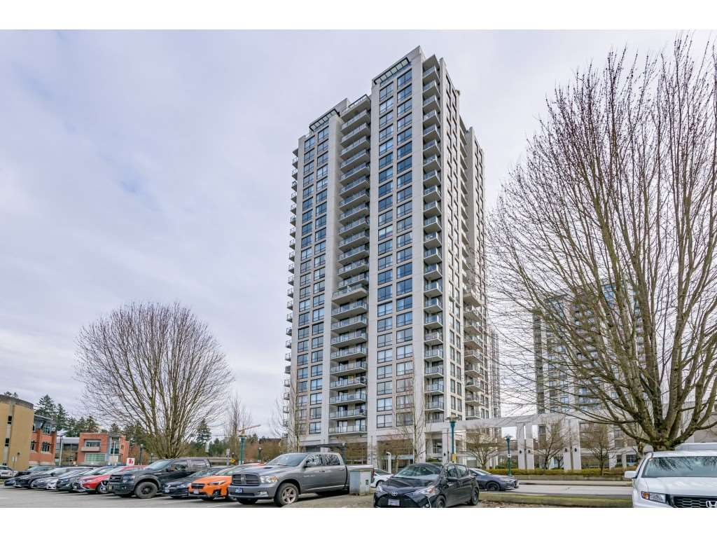 "Main Photo: 809 2982 BURLINGTON Drive in Coquitlam: North Coquitlam Condo for sale in ""Edgemont Village by Bosa"" : MLS®# R2560752"