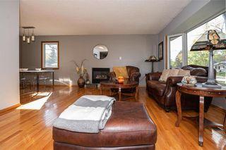 Photo 6: 91 Bright Oaks Bay in Winnipeg: Bright Oaks Residential for sale (2C)  : MLS®# 202123881