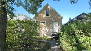 Photo 1: 928 RAE Street in Regina: Washington Park Residential for sale : MLS®# SK870342