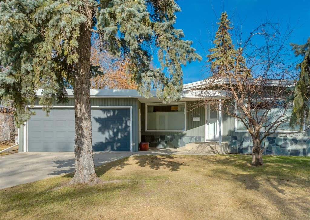 Main Photo: 8224 Elbow Drive SW in Calgary: Kingsland Detached for sale : MLS®# A1098500