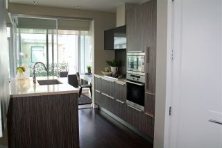 "Photo 6: 509 1633 ONTARIO Street in Vancouver: False Creek Condo for sale in ""KAYAK"" (Vancouver West)  : MLS®# R2158805"
