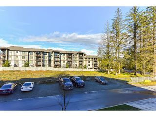 "Photo 20: 206 15956 86A Avenue in Surrey: Fleetwood Tynehead Condo for sale in ""Ascend"" : MLS®# R2030570"