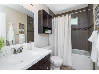 """Photo 17: 18331 63 Avenue in Surrey: Cloverdale BC House for sale in """"Cloverdale"""" (Cloverdale)  : MLS®# R2588256"""