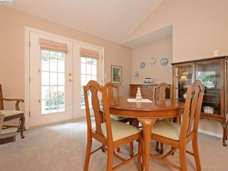 Photo 5: 10 928 Bearwood Lane in VICTORIA: SE Broadmead Row/Townhouse for sale (Saanich East)  : MLS®# 785859