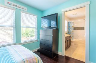 """Photo 32: 23009 JENNY LEWIS Avenue in Langley: Fort Langley House for sale in """"Bedford Landing"""" : MLS®# R2506566"""