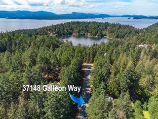 Photo 3: 37148 Galleon Way in : GI Pender Island House for sale (Gulf Islands)  : MLS®# 884149
