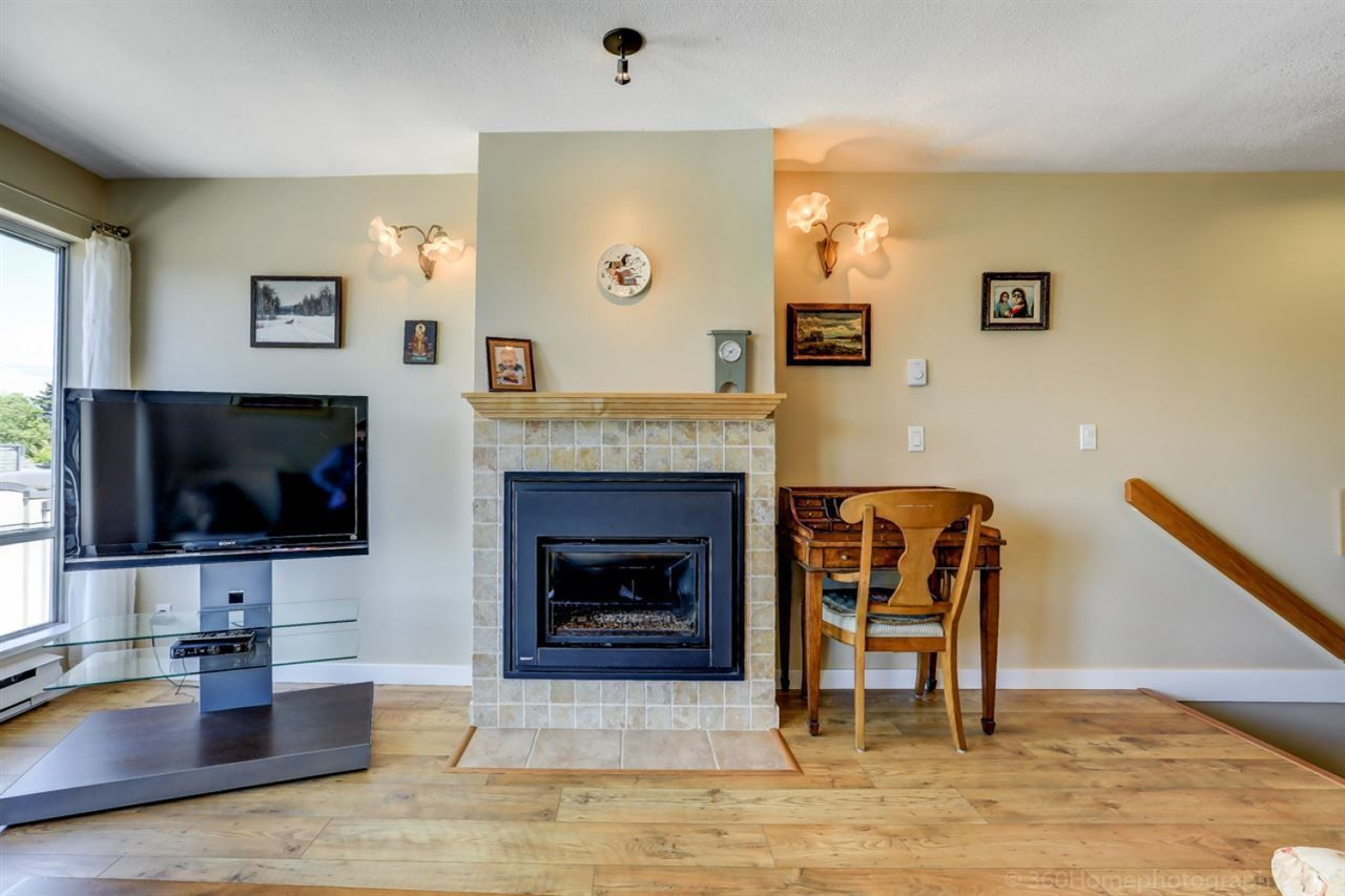 """Photo 5: Photos: 4 973 W 7TH Avenue in Vancouver: Fairview VW Condo for sale in """"SEAWINDS"""" (Vancouver West)  : MLS®# R2273280"""