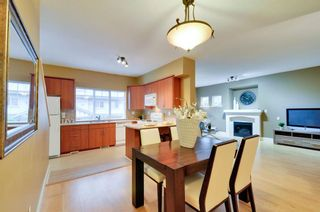 Photo 2: 2 2733 PARKWAY DRIVE in Surrey: King George Corridor Home for sale ()  : MLS®# R2120118
