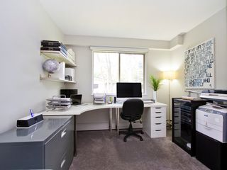 """Photo 11: # 8 5545 OAK ST in Vancouver: Shaughnessy Townhouse for sale in """"SHAWNOAKS"""" (Vancouver West)  : MLS®# V969613"""