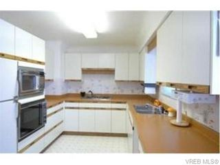 Photo 2: 2829 Knotty Pine Rd in VICTORIA: La Langford Proper House for sale (Langford)  : MLS®# 743542
