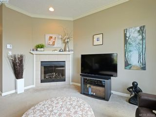 Photo 2: 848 Arncote Ave in VICTORIA: La Langford Proper Row/Townhouse for sale (Langford)  : MLS®# 768487