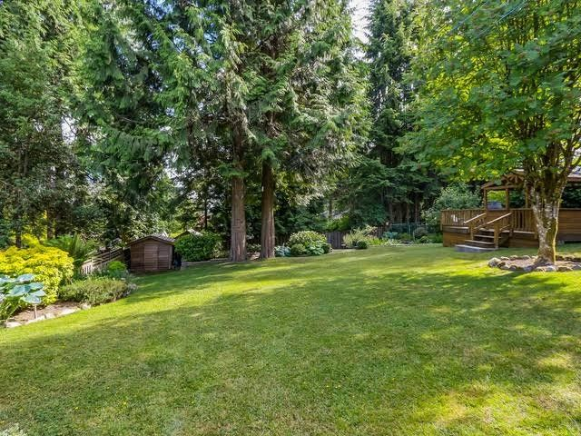 """Photo 9: Photos: 1361 E 15TH Street in North Vancouver: Westlynn House for sale in """"WESTLYNN"""" : MLS®# V1129244"""