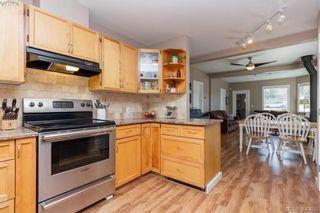 Photo 7: 2740 Sooke Rd in VICTORIA: La Glen Lake House for sale (Langford)  : MLS®# 784806