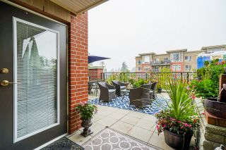 """Photo 34: 210 2940 KING GEORGE Boulevard in Surrey: King George Corridor Condo for sale in """"HIGH STREET"""" (South Surrey White Rock)  : MLS®# R2496807"""
