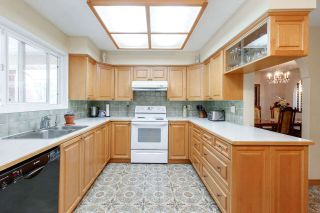 Photo 8: 2299 KUGLER Avenue in Coquitlam: Central Coquitlam House for sale : MLS®# R2467544