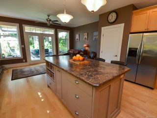 Photo 14: 564 Belyea Pl in QUALICUM BEACH: PQ Qualicum Beach House for sale (Parksville/Qualicum)  : MLS®# 788083
