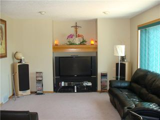 Photo 5: 152 APPLEMONT Close SE in CALGARY: Applewood Residential Detached Single Family for sale (Calgary)  : MLS®# C3453310