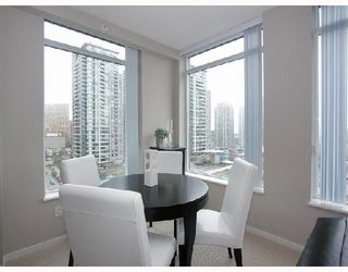 "Photo 4: 1103 1001 HOMER Street in Vancouver: Downtown VW Condo for sale in ""THE BENTLEY"" (Vancouver West)  : MLS®# V699236"