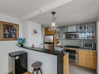 Photo 6: # 3003 33 SMITHE ST in Vancouver: Yaletown Condo for sale (Vancouver West)  : MLS®# V1124467
