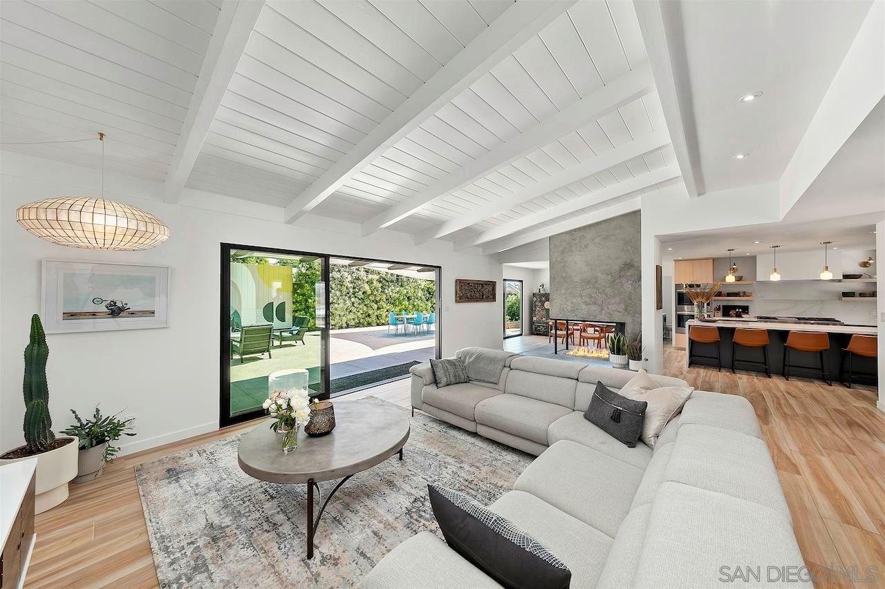 Main Photo: DEL CERRO House for sale : 3 bedrooms : 6251 Rockhurst Dr in San Diego
