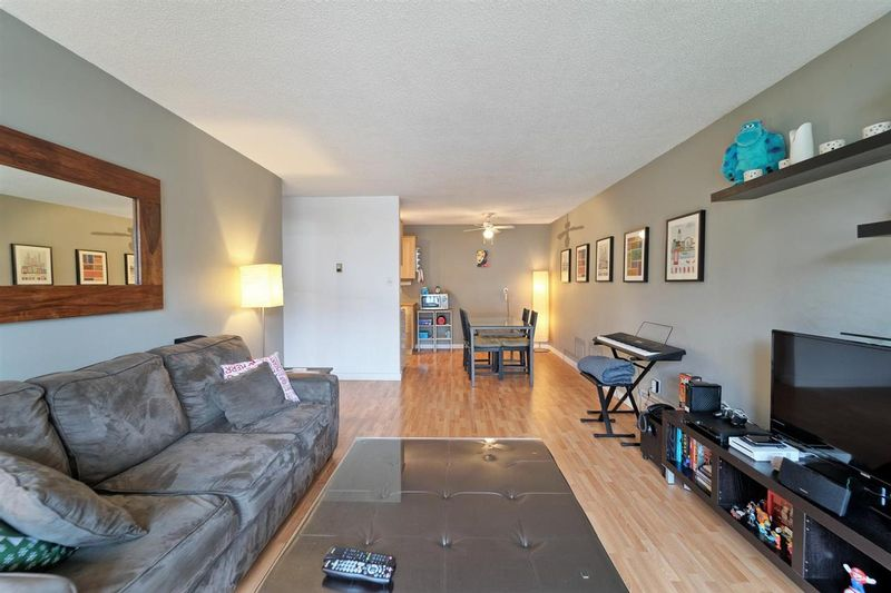 FEATURED LISTING: 208 - 307 2ND Street West North Vancouver
