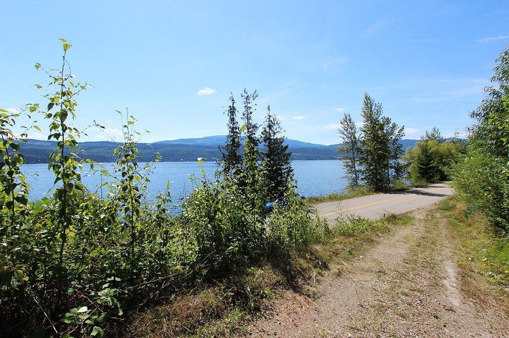 Photo 5: Photos: 8079 Squilax Anglemont Highway: St. Ives House for sale (North Shuswap)  : MLS®# 10179329