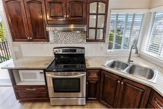 """Photo 13: 8220 PEACOCK Street in Mission: Mission BC House for sale in """"CHERRY HILL ESTATES"""" : MLS®# R2552916"""