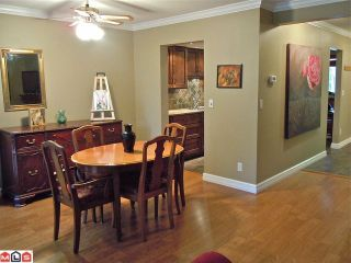 Photo 5: 15832 MCBETH Road in Surrey: King George Corridor Townhouse for sale (South Surrey White Rock)  : MLS®# F1109994