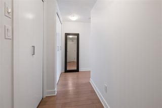 """Photo 5: 1311 10777 UNIVERSITY Drive in Surrey: Whalley Condo for sale in """"CITY POINT"""" (North Surrey)  : MLS®# R2537926"""