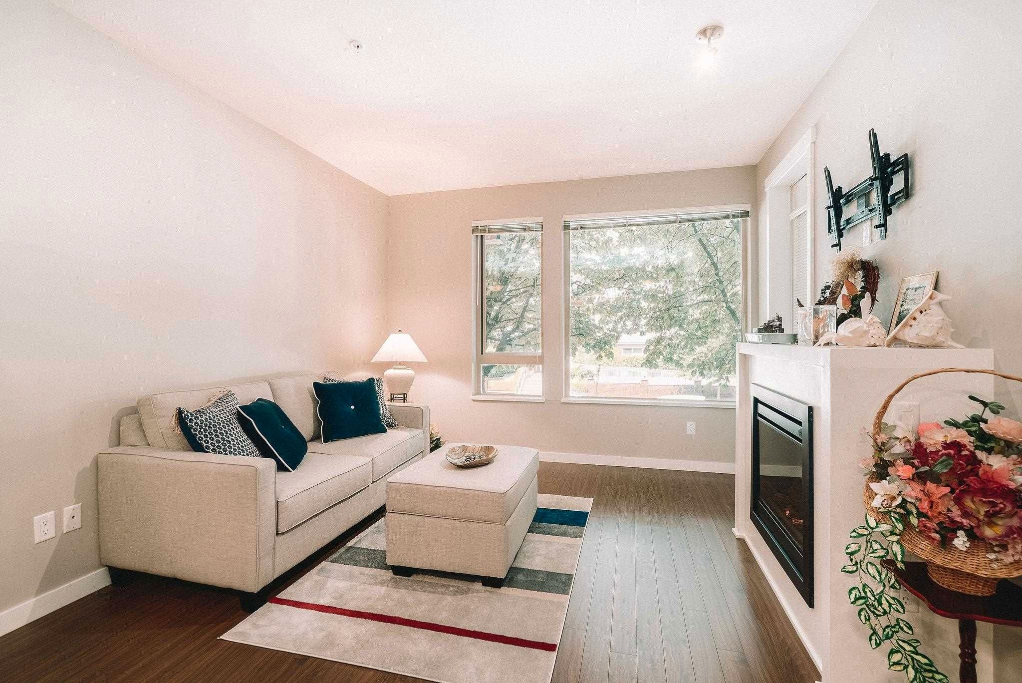 """Main Photo: 214 119 W 22ND Street in North Vancouver: Central Lonsdale Condo for sale in """"ANDERSON WALK"""" : MLS®# R2598476"""