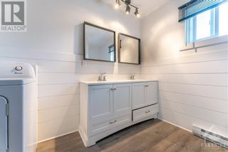 Photo 11: 259 LONGUEUIL STREET in L'Orignal: House for rent : MLS®# 1262145