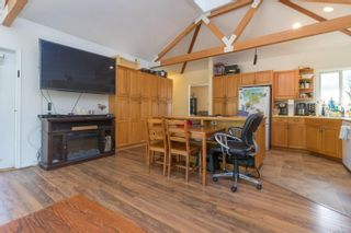 Photo 8: 9320/9316 Lochside Dr in : NS Bazan Bay House for sale (North Saanich)  : MLS®# 886022