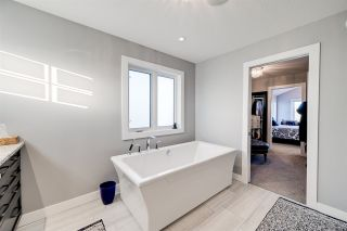 Photo 36: 3931 KENNEDY Crescent in Edmonton: Zone 56 House for sale : MLS®# E4224822