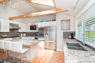 Photo 7: 4787 CEDARCREST Avenue in North Vancouver: Canyon Heights NV House for sale : MLS®# R2562639