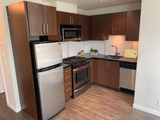 """Photo 3: 201 1068 W BROADWAY Avenue in Vancouver: Fairview VW Condo for sale in """"the Zone"""" (Vancouver West)  : MLS®# R2584907"""