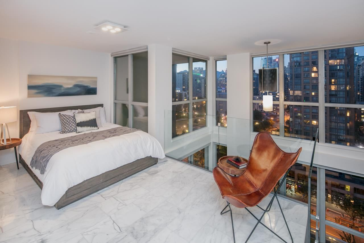 Main Photo: 1206 1238 RICHARDS STREET in : Yaletown Condo for sale : MLS®# R2187337
