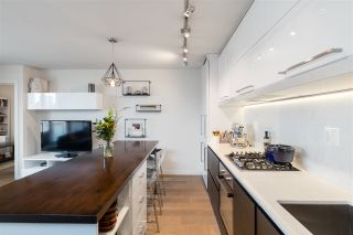 """Photo 5: 907 189 KEEFER Street in Vancouver: Downtown VE Condo for sale in """"Keefer Block"""" (Vancouver East)  : MLS®# R2439684"""