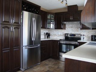 Photo 3: 2459 WHATCOM Road in Abbotsford: Abbotsford East House for sale : MLS®# F1408243