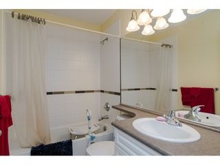 """Photo 17: 4 6555 192A Street in Surrey: Clayton Townhouse for sale in """"Carlisle at Southlands"""" (Cloverdale)  : MLS®# R2445416"""