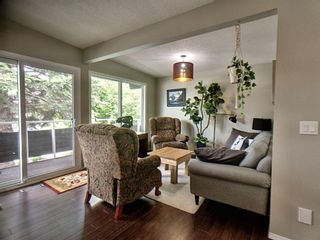 Photo 5: 1608 19 Avenue NW in Calgary: Capitol Hill Semi Detached for sale : MLS®# A1118692